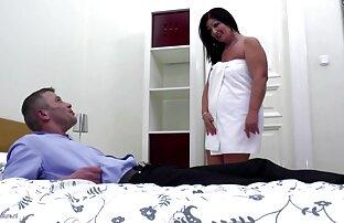 A video xxx jepang tanpa sensor big cock makes a small blonde