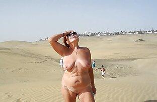 Dia bercinta xx jepang hd dengannya setelah pemotretan telanjang.