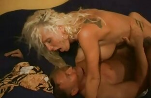 Seks liar di garasi xhamster mom jepang