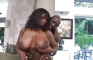 Sebuah pirang dengan payudara besar hanya xxx jepang pembantu melakukan latihan vagina.