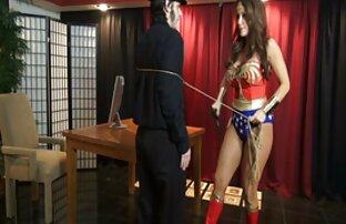 Sissy Femdom dan Biseksual Dominasi video xxx jepang di bus porno