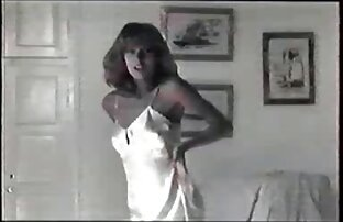 Wanita cantik ditato DS video sex lesbian jepang Kotor.